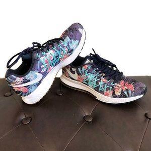 Nike Zoom Pegasus 32 photosynthesis floral sneaker